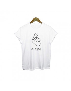 Camiseta Finger Heart