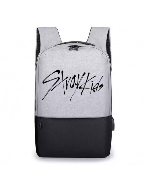 Mochila USB STRAY KIDS
