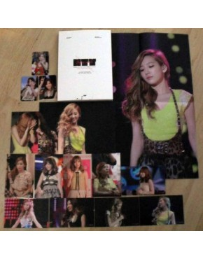 Girl's Generation Taeyeon Photobook ( Flying Petals)
